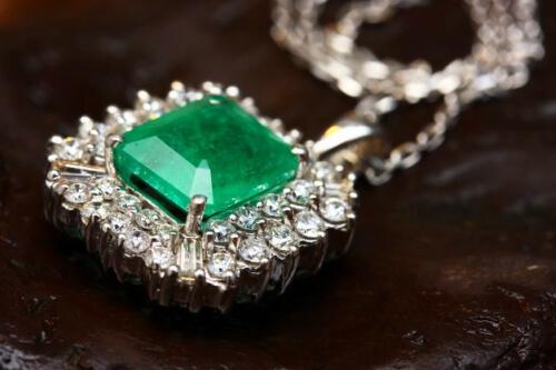 cuanto cuesta una esmeralda
