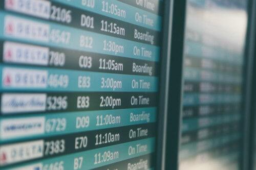 Cuanto cuesta cambiar un Boleto de Avion