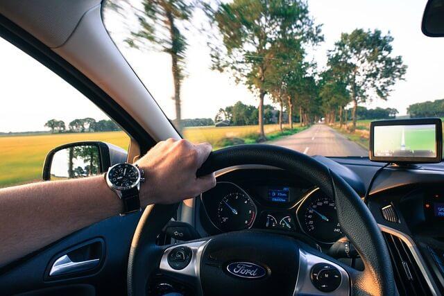 cuanto cuesta un curso de conduccion