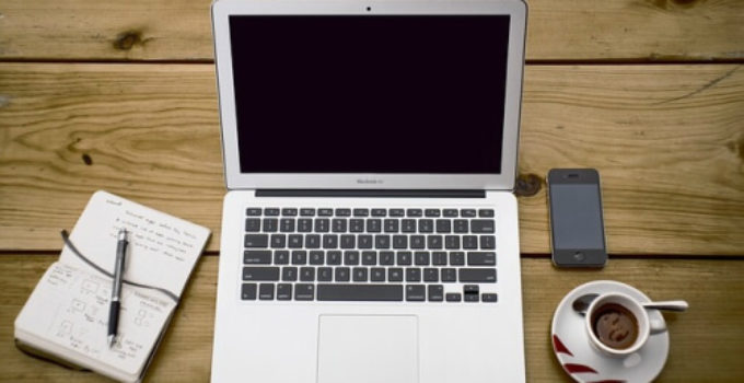 cuanto cuesta un macbook
