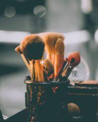 ¿Cuanto Cuesta Estudiar Cosmetología? Un Opción Sencilla