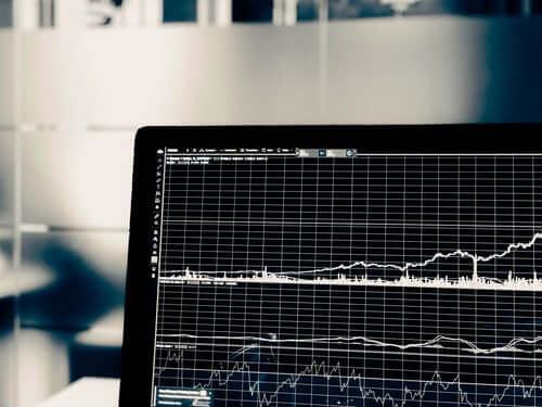 Cómo ganar dinero en la bolsa de valores invirtiendo en acciones por internet