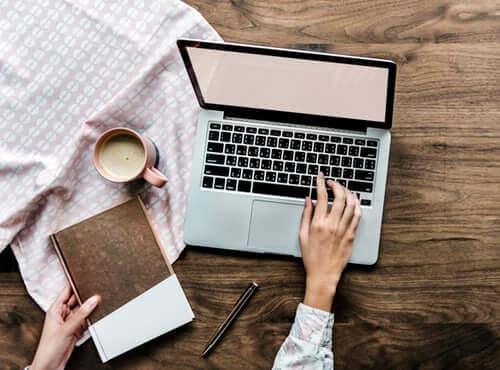 cómo crear mi propia página web para ganar dinero