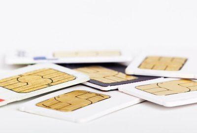 cómo meter la tarjeta SIM en el iphone